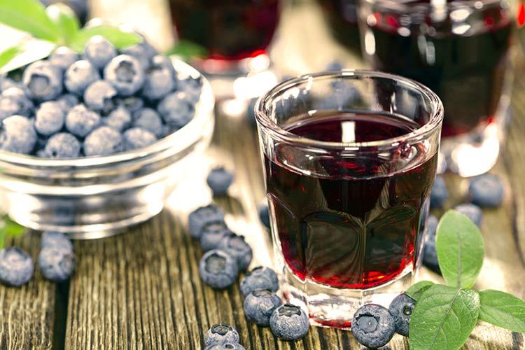 Домашнее вино из черноплодной рябины в домашних условиях 96