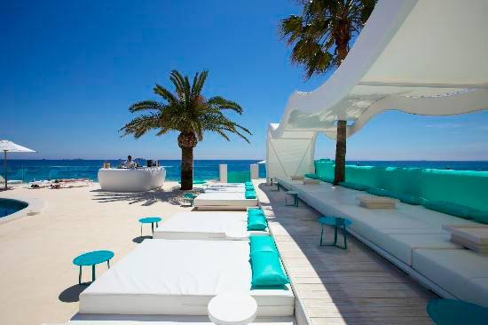 Отель Сантос на побережье Ибицы